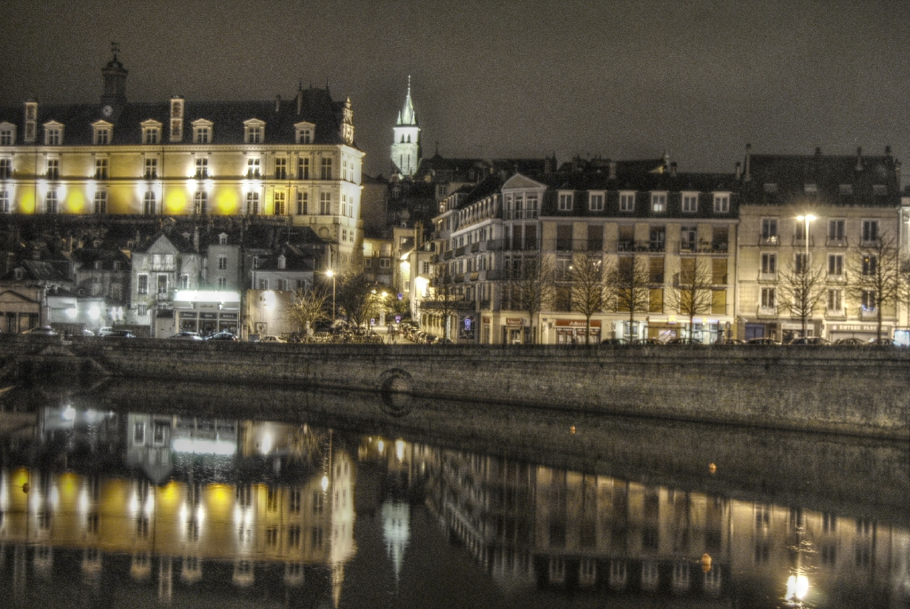 HDR (Laval)